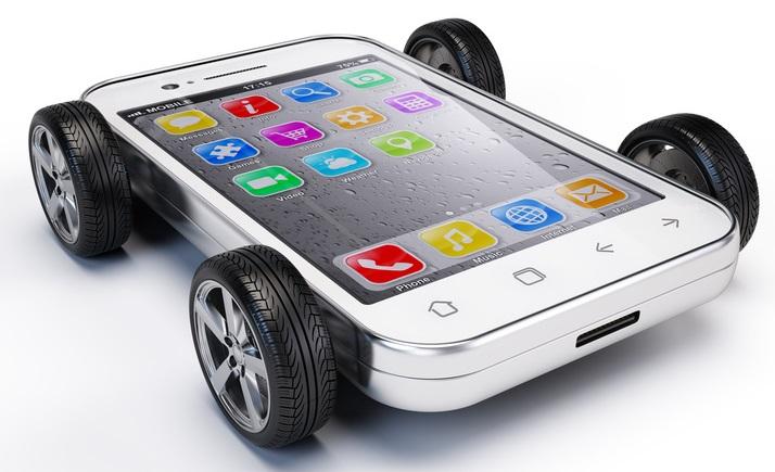 Polizze RC Auto su smartphone: 60mila acquisti nel 2013