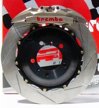 24 Ore di Le Mans: prime tre Audi ibride diesel elettriche e freni Brembo
