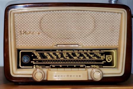 Commissione Europea per normazione delle apparecchiature radio