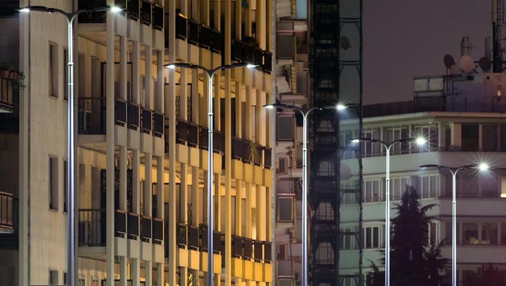 Già installati migliaia di corpi illuminanti AEC nelle strade di Milano