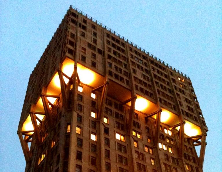 Opening Velasca: la Torre luogo di incontro e dibattito di Milano