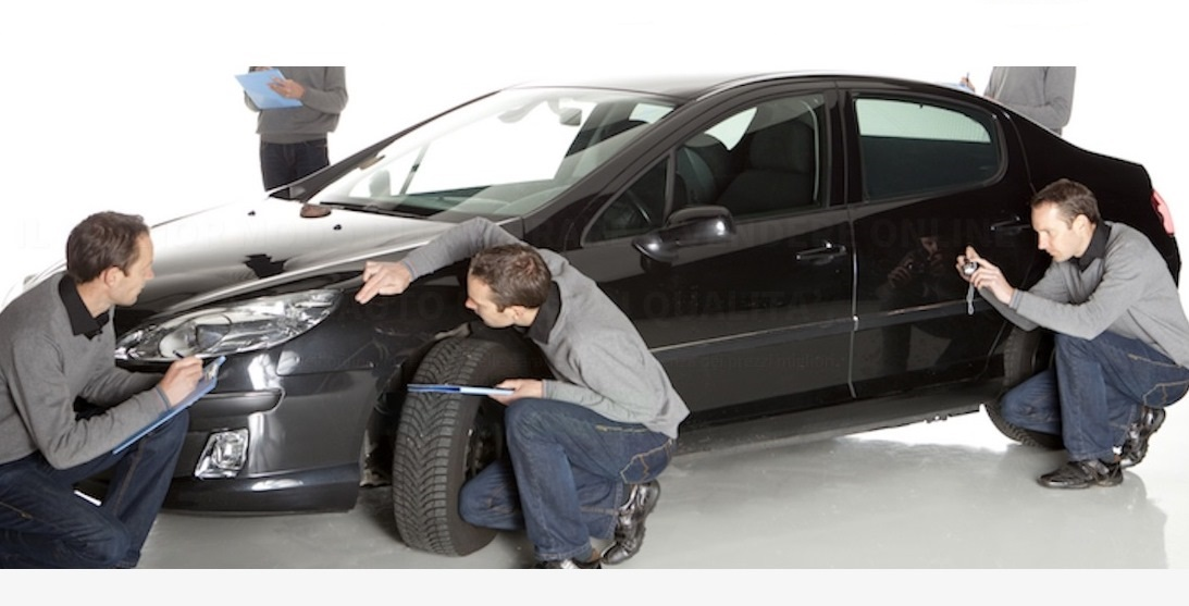 Risparmiare comprando o vendendo auto online