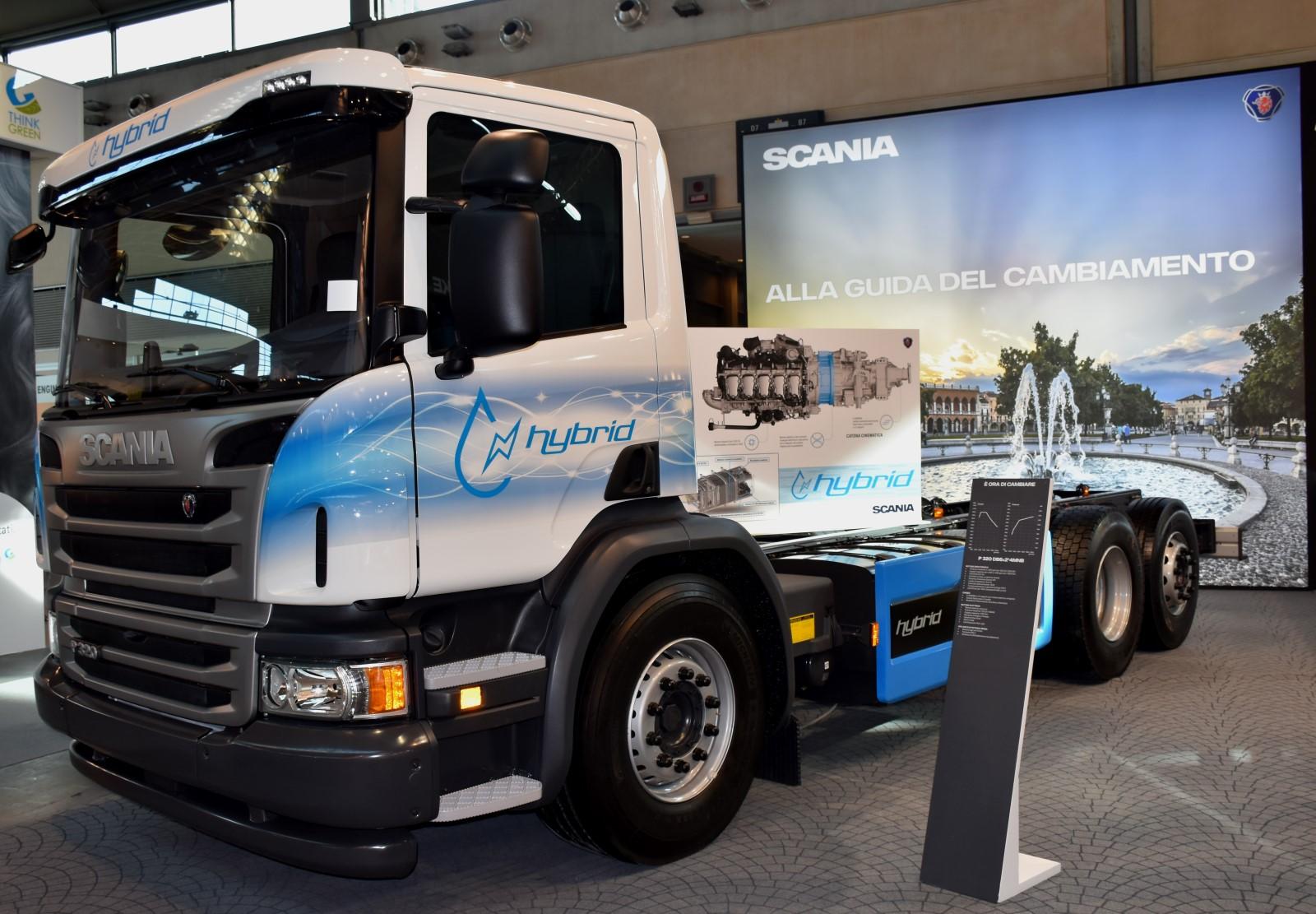 Scania: autocarro ibrido Euro6. Ecomondo