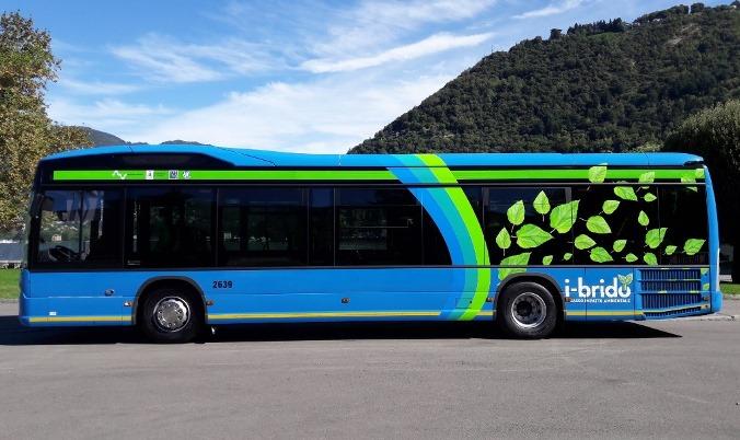 Autobus ibrido extraurbano