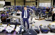 Robot di servizio nella fabbrica