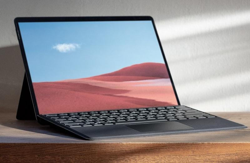 Microsoft rilancia con Surface