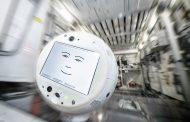 CIMON-2 robot assistente astronauti